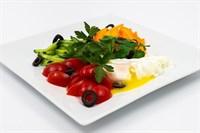 ПП Салат овощной с яйцом пашот